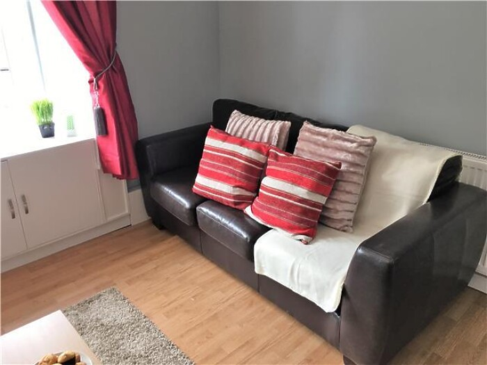 Serviced Lettings - Paisley Central Apartment - 5