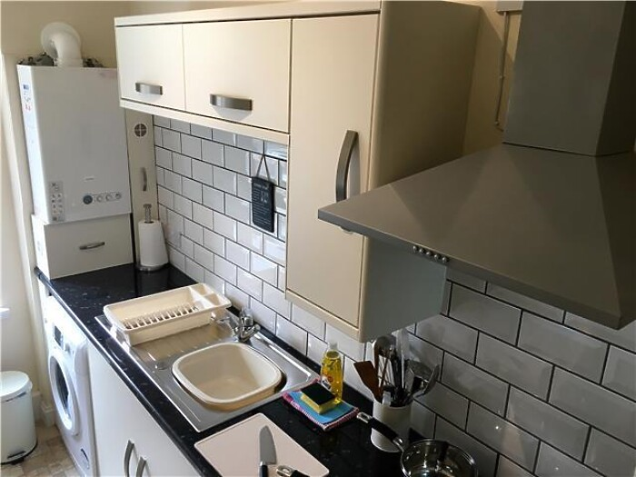 Serviced Lettings - Paisley Central Apartment - 6