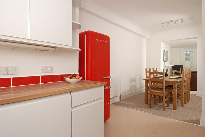 Serviced Lettings - Plymouth Hoe Apartments - 4