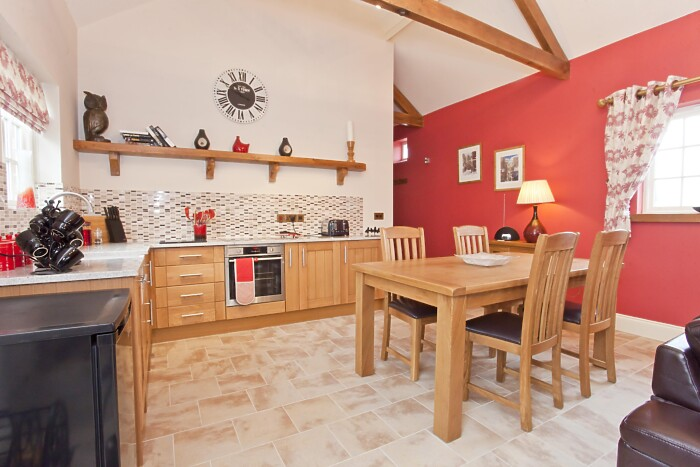 Serviced Lettings - Holtby Farm Cottages - 2
