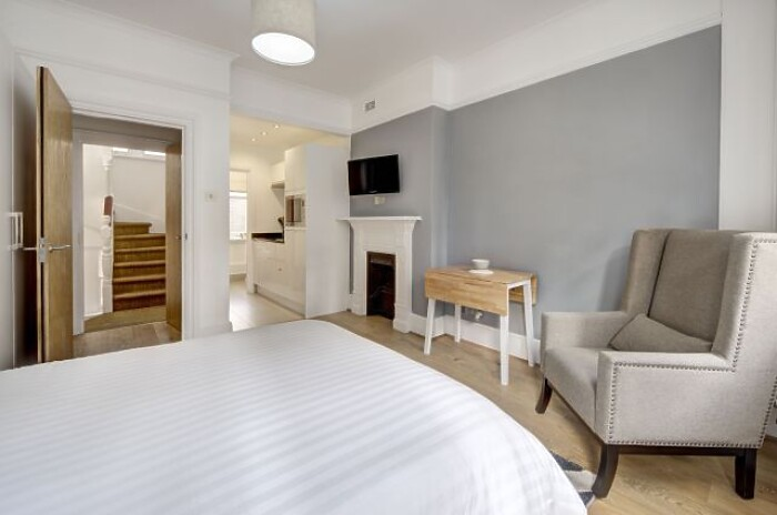 Serviced Lettings - Cannon Street Studios - 2