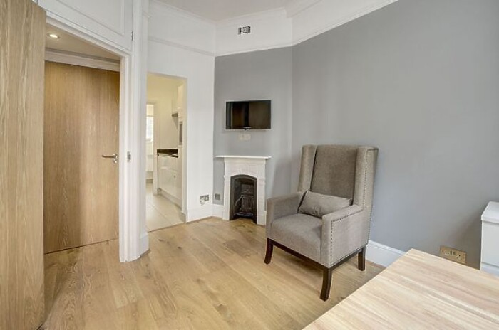 Serviced Lettings - Cannon Street Studios - 4