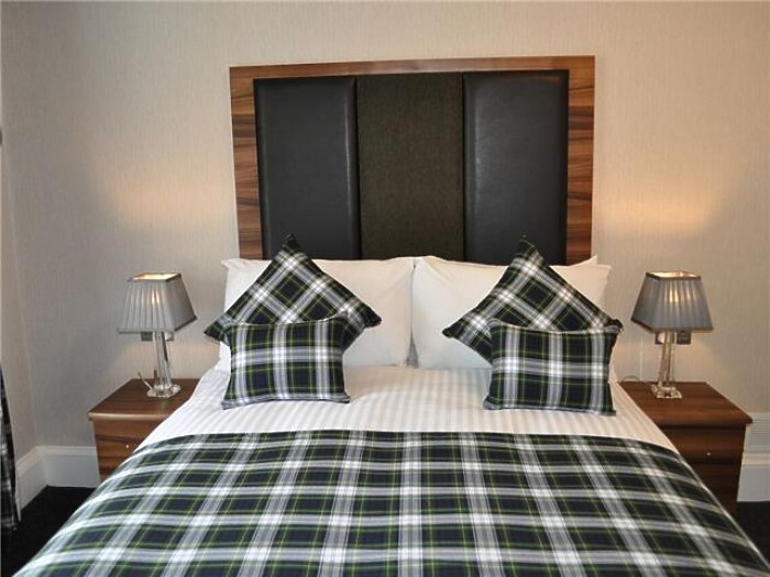 Serviced Lettings - City Hall Apartments - 3