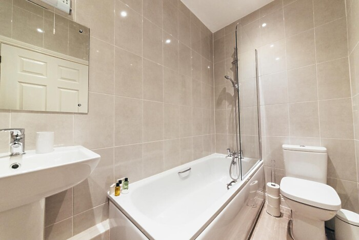 Serviced Lettings - Gateway Apartments - 5
