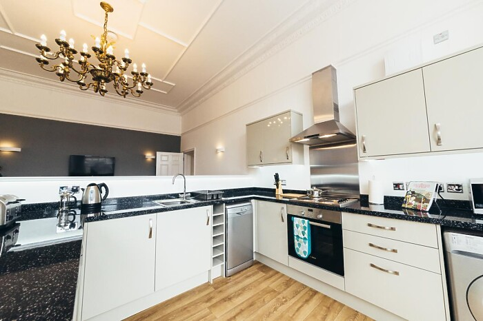 Serviced Lettings - Gateway Apartments - 3