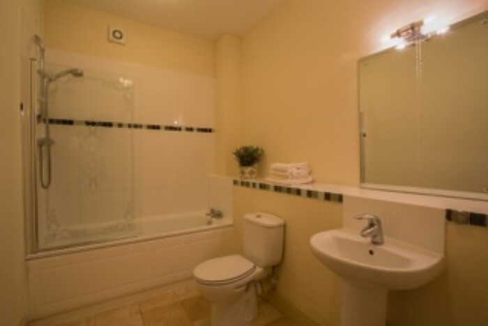 Serviced Lettings - Quayside Apartments - 4
