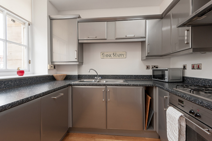 Serviced Lettings - Glasgow College Apartments - 3