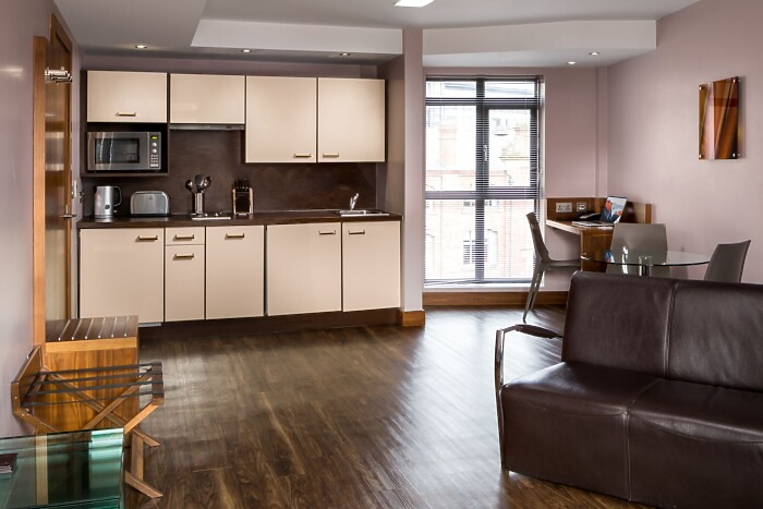 Serviced Lettings - LS1 Apartments - 3