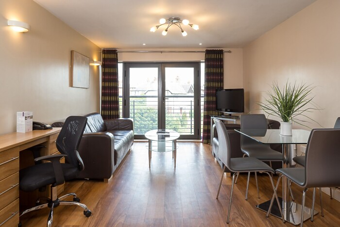 Serviced Lettings - LS4 Apartments - 5
