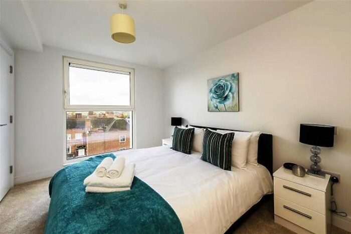 Serviced Lettings - HA1 Apartments - 5