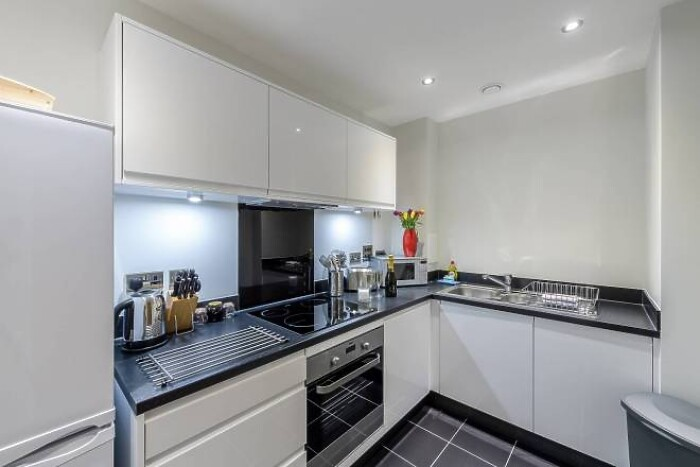Serviced Lettings - NW9 Apartments - 3