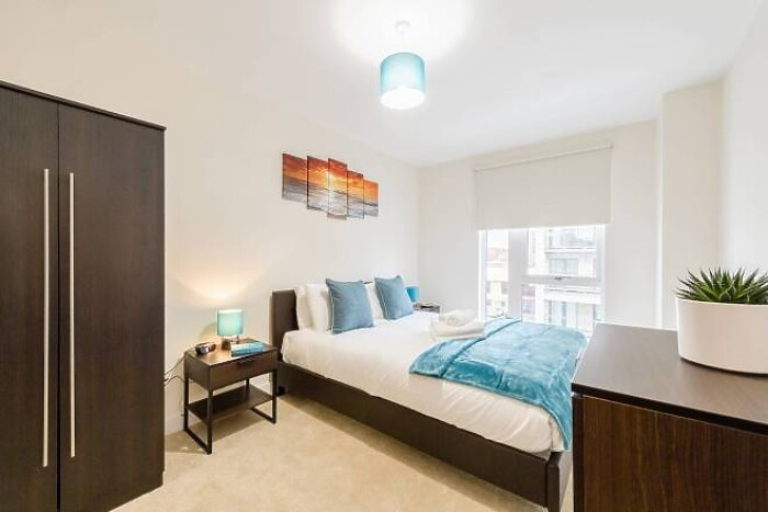 Serviced Lettings - NW9 Apartments - 1