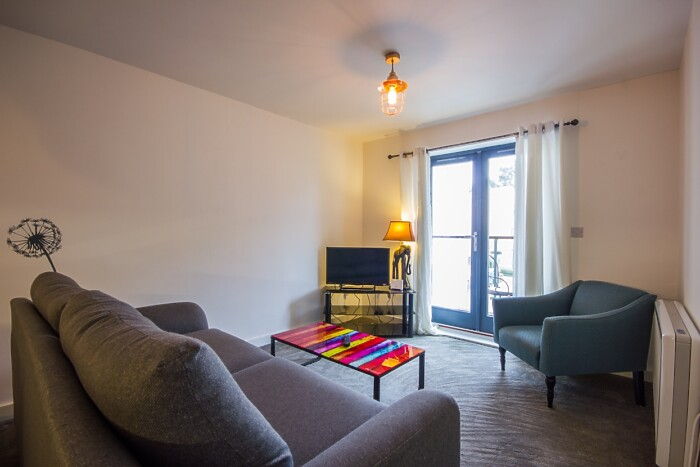 Serviced Lettings - The Rosary Apartment - 2