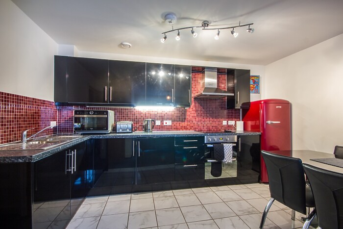 Serviced Lettings - The Rosary Apartment - 3