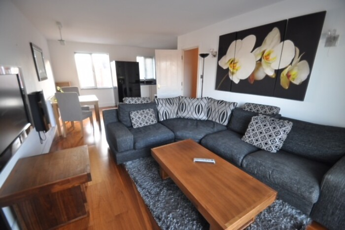 Serviced Lettings - Galleon Apartments - 1
