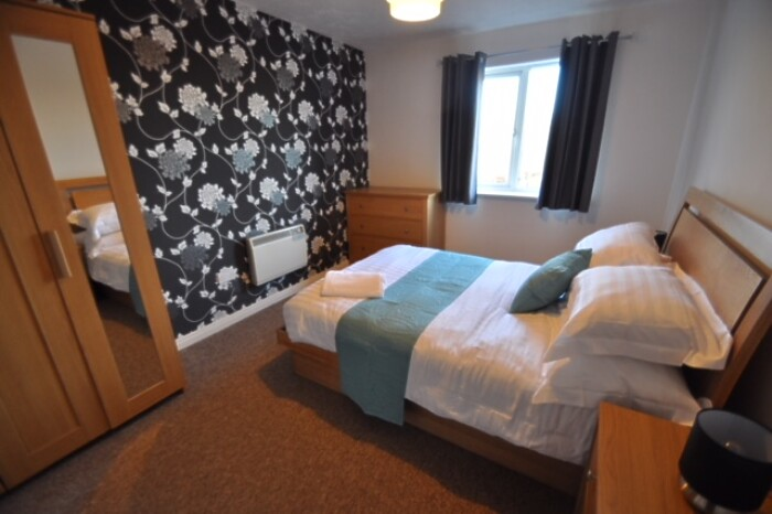 Serviced Lettings - Galleon Apartments - 3