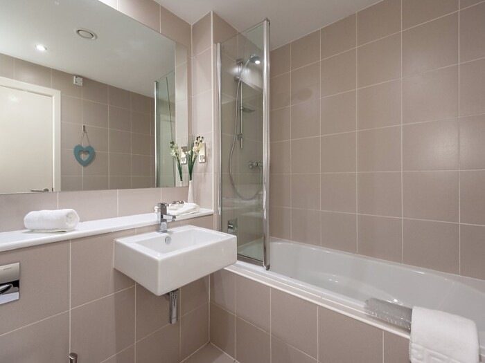 Serviced Lettings - George Square Apartments - 6
