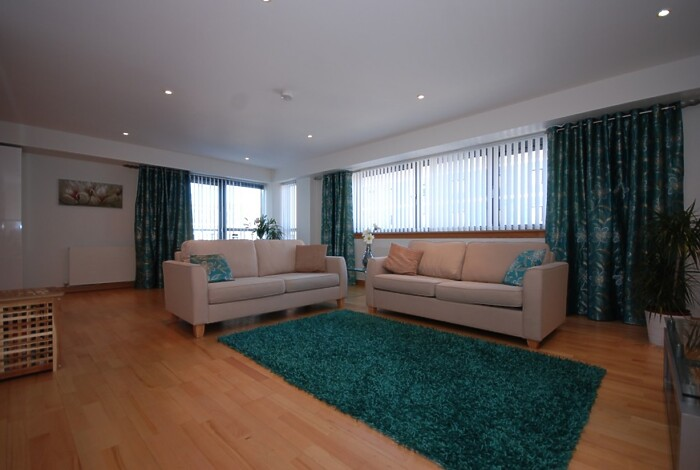 Serviced Lettings - College Apartments - 3