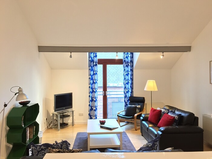 Serviced Lettings - Glasgow Mews Apartment - 2