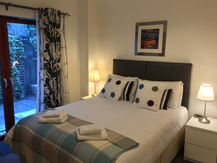 Serviced Lettings - Glasgow Mews Apartment - 3