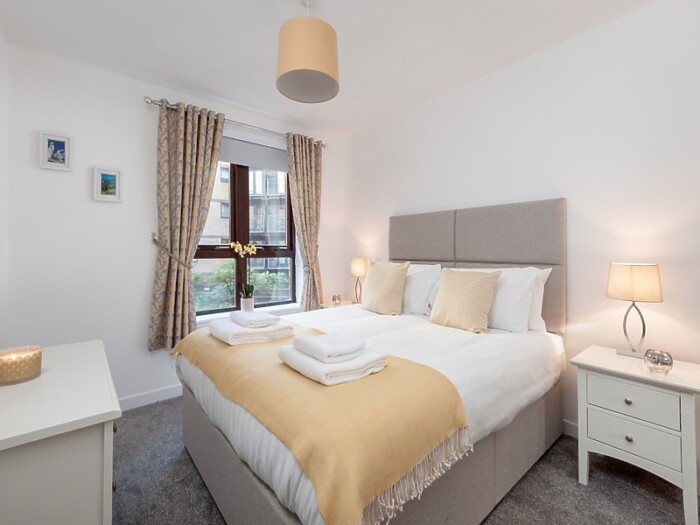 Serviced Lettings - James Watt Apartments - 1