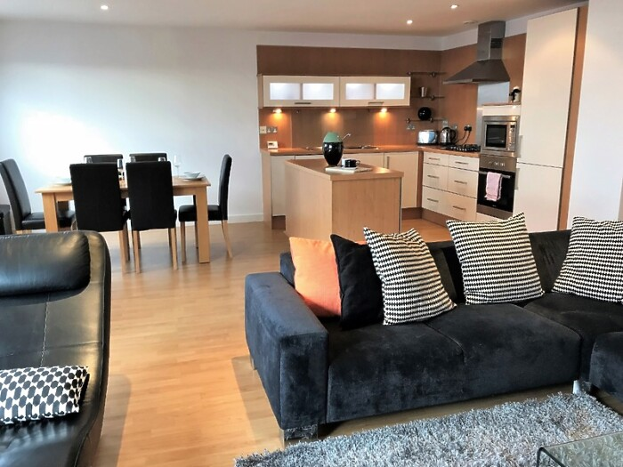 Glasgow Arc Apartment in Glasgow - Serviced Lettings