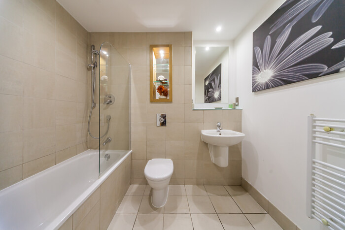 Serviced Lettings - West One Apartments - 2