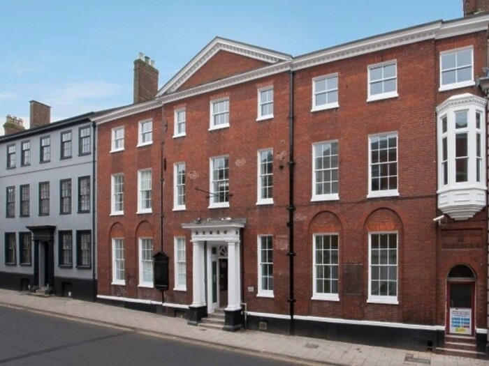 Serviced Lettings - The Harrington Apartment - 6