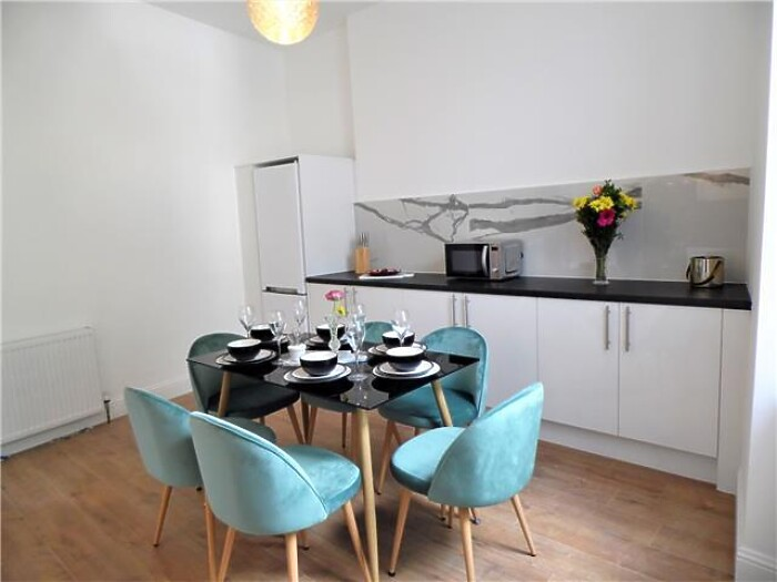 Serviced Lettings - G51 Apartments - 2