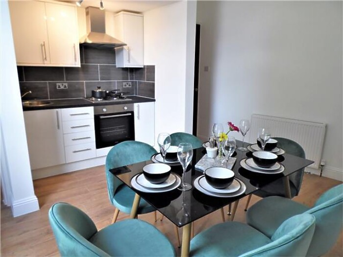 Serviced Lettings - G51 Apartments - 3