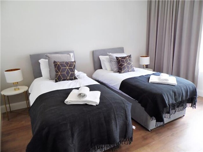 Serviced Lettings - G51 Apartments - 5