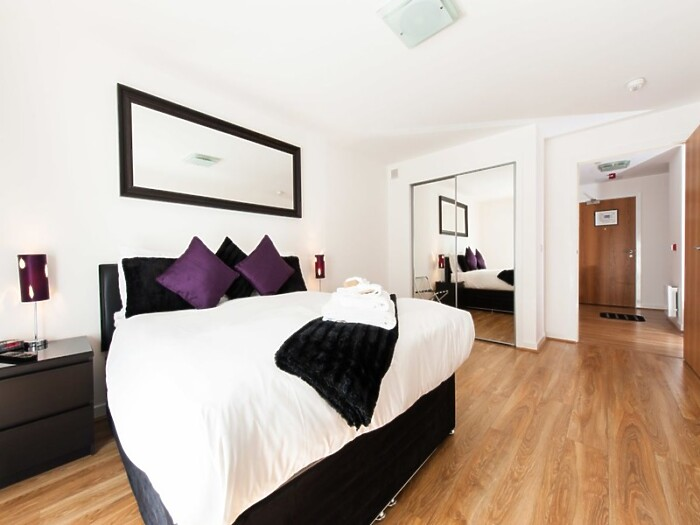 Serviced Lettings - Market Apartments Penthouse - 5