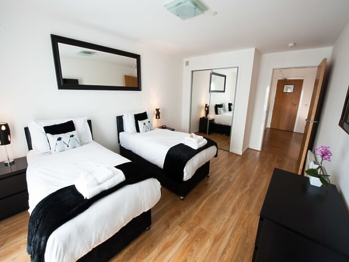 Serviced Lettings - Market Apartments Penthouse - 6
