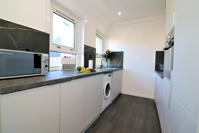 Serviced Lettings - Jess View - 5