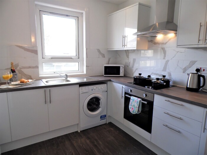 Serviced Lettings - Fitzalan View - 4