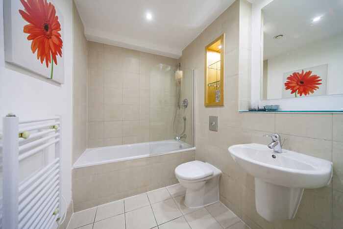 Serviced Lettings - West One Apartments - 4