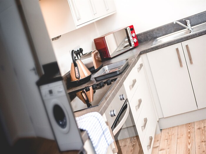 Serviced Lettings - Hull Library Apartment - 5