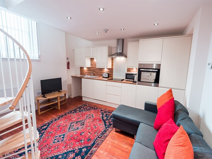 Serviced Lettings - Hull School Apartments - 5