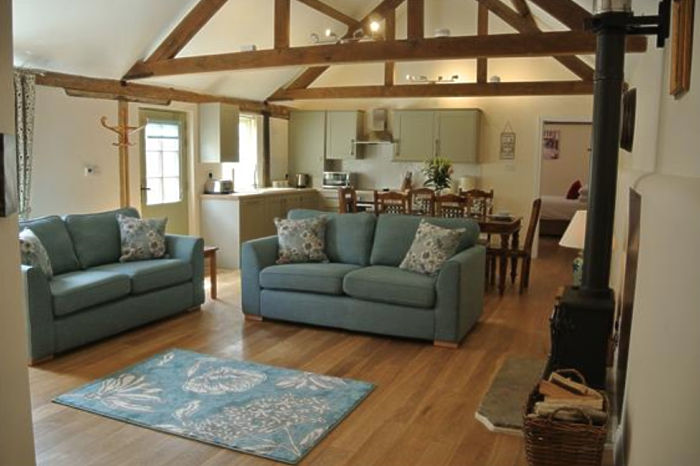 Serviced Lettings - Manor Holiday Barns - 2