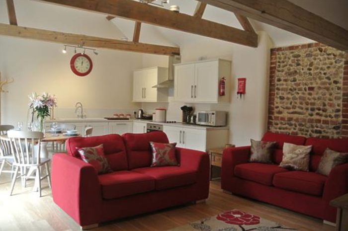 Serviced Lettings - Manor Holiday Barns - 4