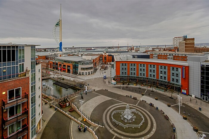 Serviced Lettings - Gunwharf Crescent - 5