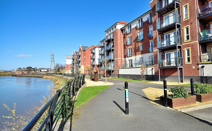 Serviced Lettings - Racecourse Apartments - 5