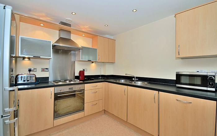 Serviced Lettings - Racecourse Apartments - 2