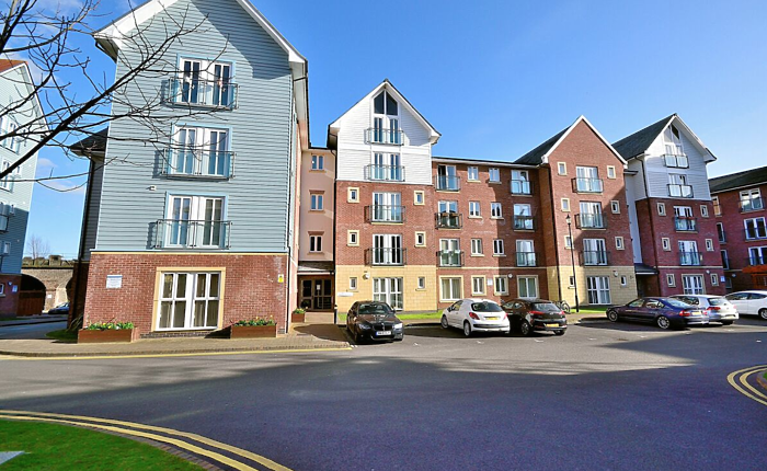 Serviced Lettings - Racecourse Apartments - 6