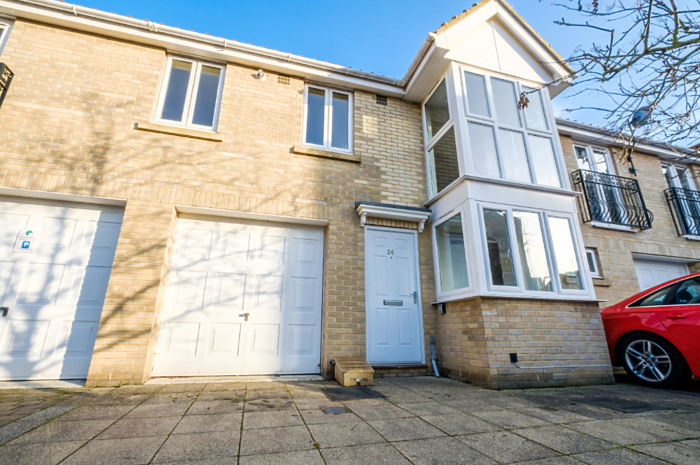 Serviced Lettings - Flowerday Townhouse - 6