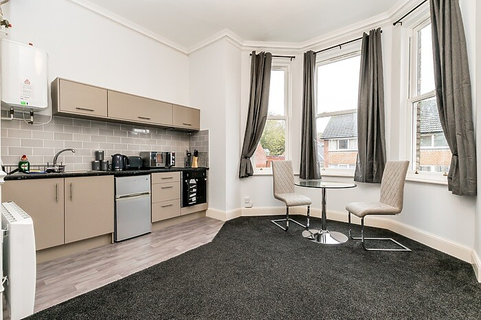 Serviced Lettings - Sycamore Apartments - 4